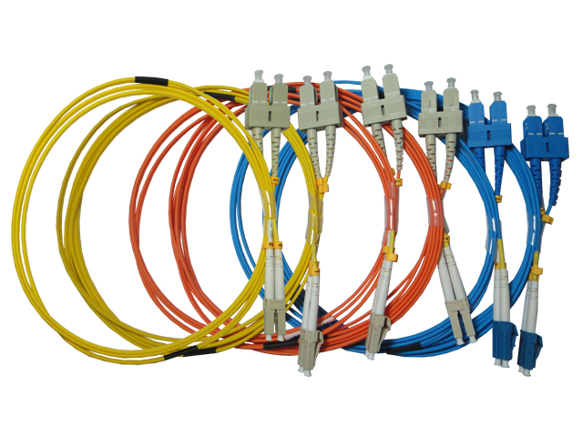 Pigtail-patch-cord-optico-LC-SC
